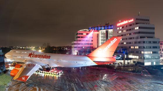Boeing 747 als attractie 'geland' in tuin Corendon Village hotel