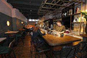 Horecainterieur: Nippen Restobar in Den Bosch