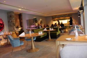 Sterrestaurant Merlet: nieuw interieur met opvallend zandkunstwerk