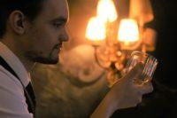 Glas van ontwerpcompetitie Libbey voor bartenders in productie