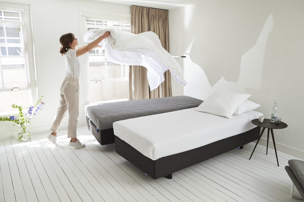 Hotelbed - Revive van Auping