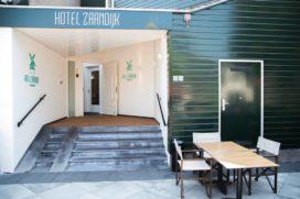 Burgemeester sluit hotel in Zaandijk tijdelijk