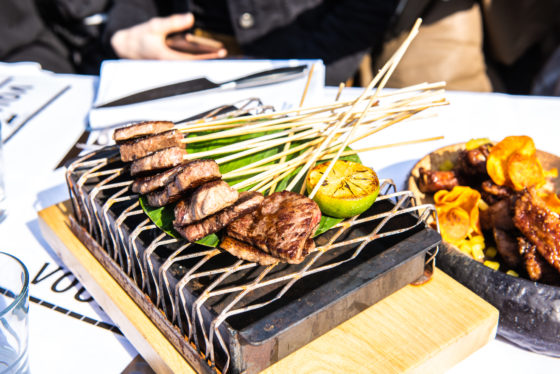 Wagyu spiesjes. The Harbour Club Oost©evenhauzphotography