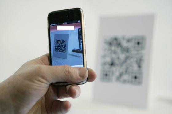 Geïrriteerde gast bedenkt zelf systeem om met QR-code te bestellen