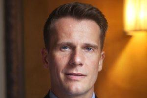 Hotelier Rem Bastiaens krijgt leiding over Beatrix- en Circustheater