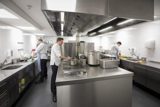 Nieuwe keuken: 't Fnidsen Alkmaar van Sam Piscaer