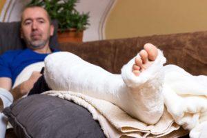 Arbeidsongeschiktheids-verzekering duur? 4 tips voor een betaalbare AOV-premie