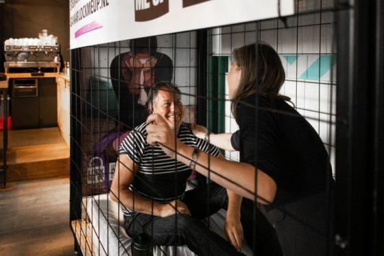Ruim dertig restaurants sluiten mensen op voor 'Lock me Up'