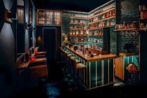Binnenkijken bij speakeasy cocktailbar The Stockroom in Groningen