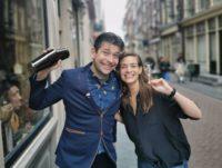 Tess Posthumus en Timo Janse openen cocktailbar Dutch Courage