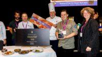 Rik van den Hazel wint kookwedstrijd 'Het Glazen Kalf'
